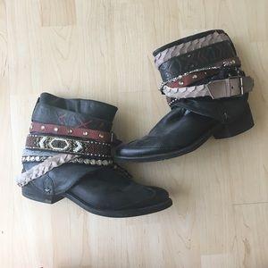 Amazing western boho chic booties!